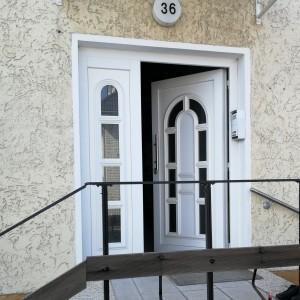 drzwi-wejciowe-z-panelem-CS